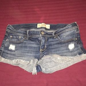 hollister booty shorts